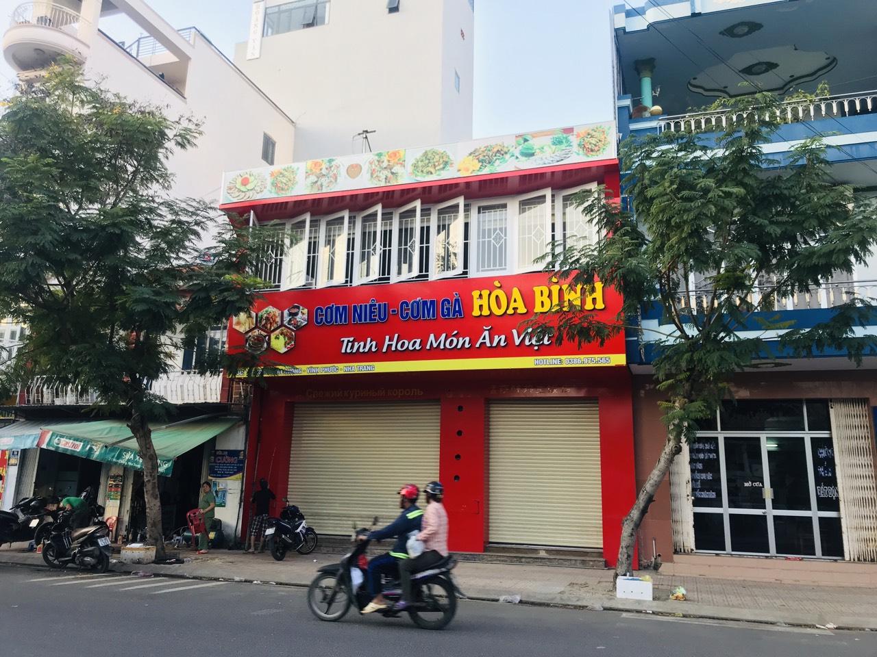 Cho thuê mặt bằng 240m2 mặt tiền đường Hòn Chồng Nha Trang. LH 0901910988